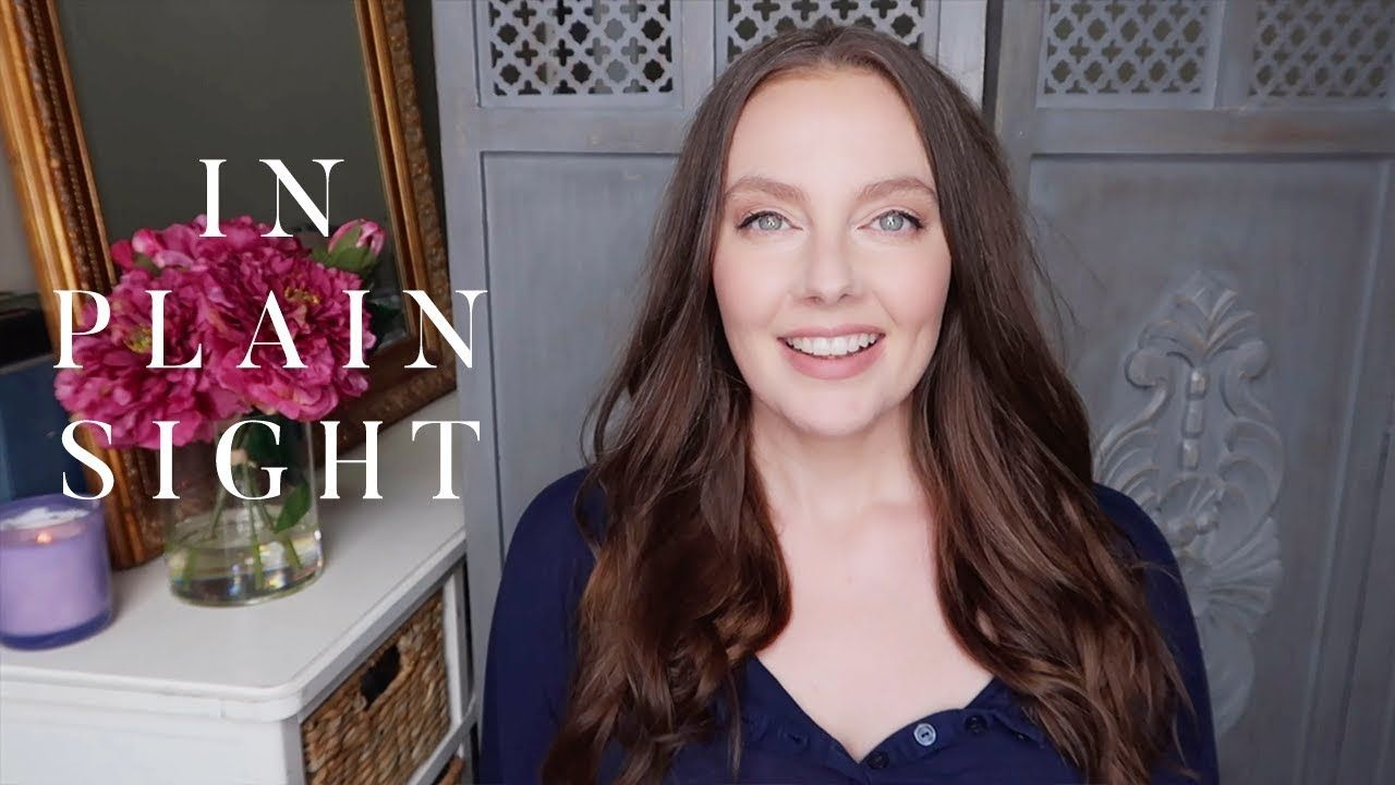 GIGI YOUNG - IN PLAIN SIGHT